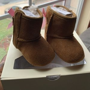 Ugg Jesse Bow II infant boot